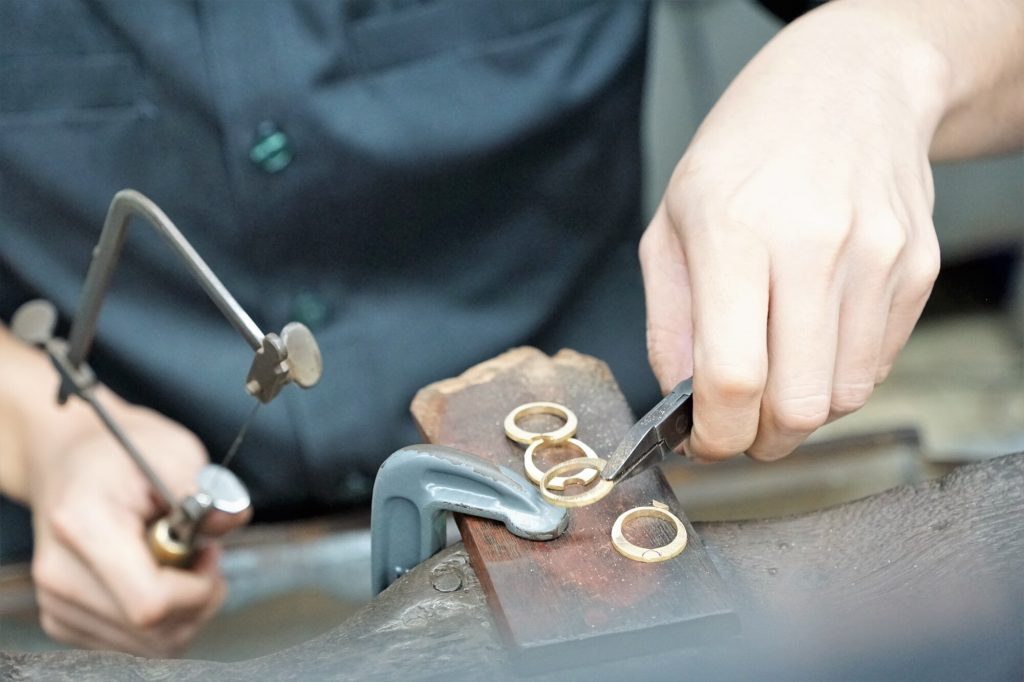 5 Telltale Signs That You Need a Jewelry Repair